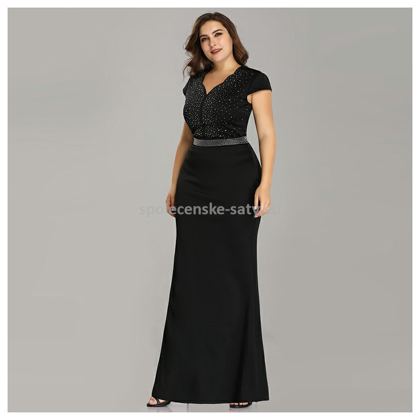 a68d6b80bd4c Černé dlouhé zeštíhlující šaty s rukávem pro plnoštíhlé 54