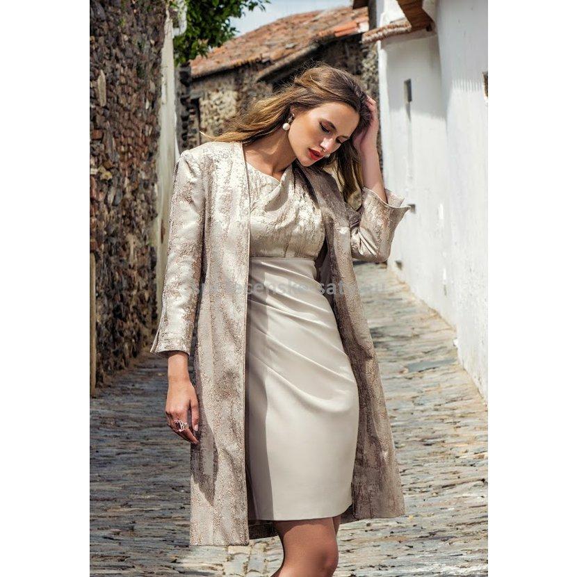 c3135b155dbc Luxusní krátké šaty pro svatební maminku s kabátkem 36