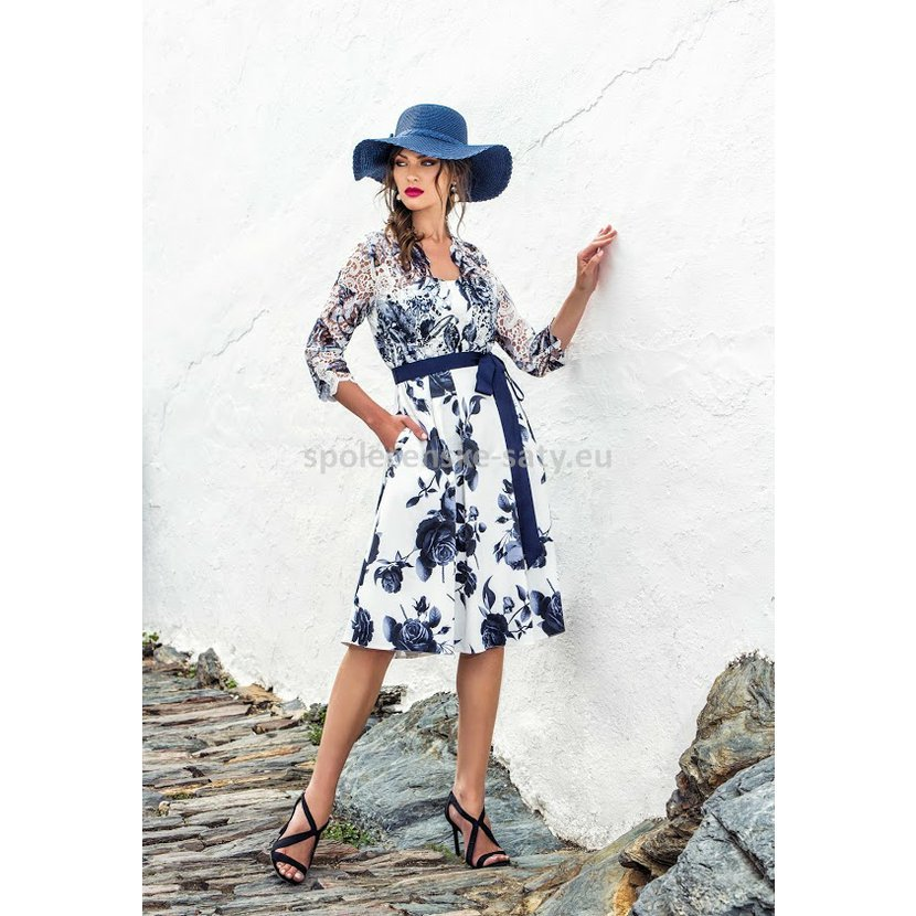 9d731f9e3ec0 ... Bílé modré krátké šaty s rukávem 44 Michaela Louisa.  bile-s-modrymi-kvety-rukav-louisa.jpg