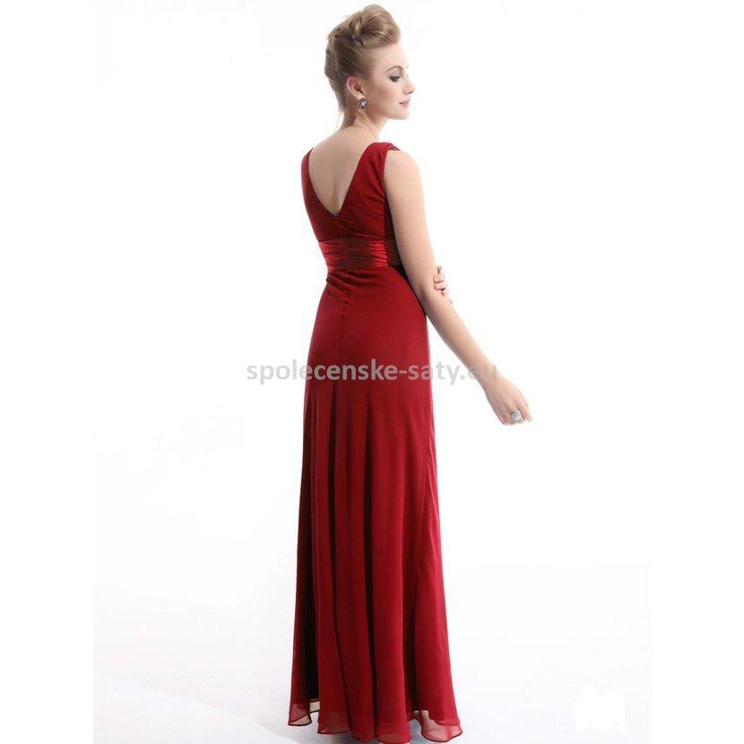Červené dlouhé společenské plesové svatební šaty šifonové na hrubší ramínka  42 XL. červené šaty na ples svatbu salon Ostrava Frýdek Petřvald Karviná  Orlová 509f4890e1
