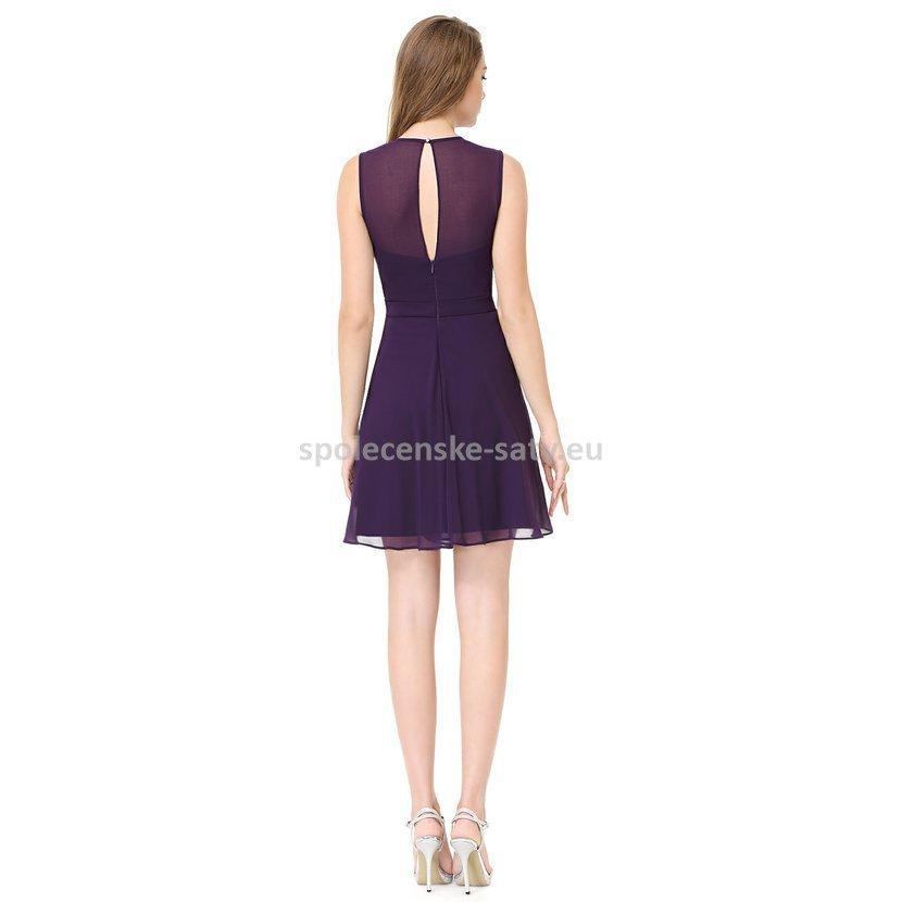 cedca7bcea25 Fialové krátké společenské šaty na promoce do divadla pro plnoštíhlé ...
