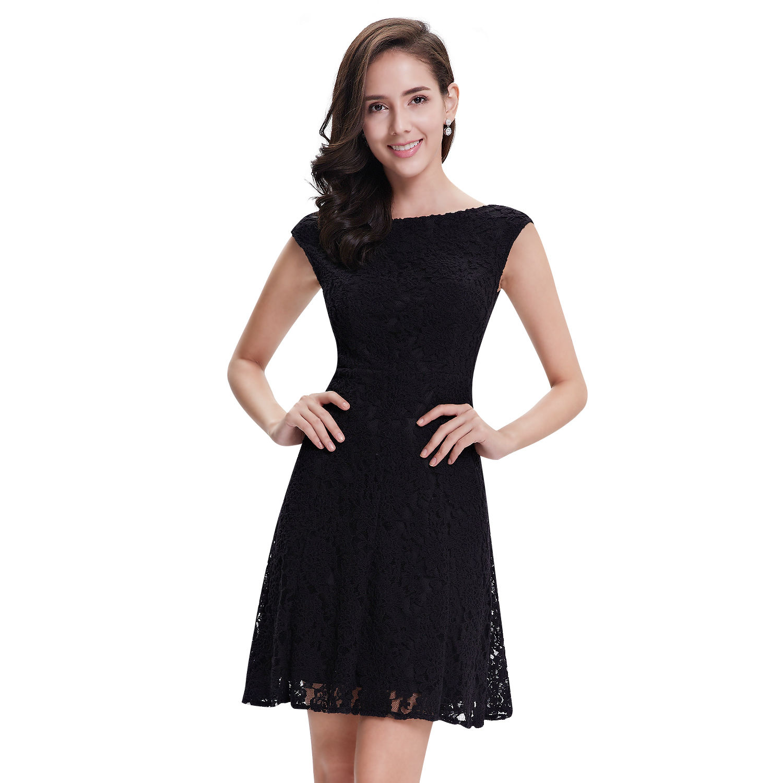 8f6f02885f95 Krátké malé černé šaty koktejlky plesové na ples