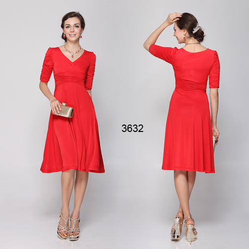 57f0c207617 Plesové šaty pro plnoštíhlé na svatbu