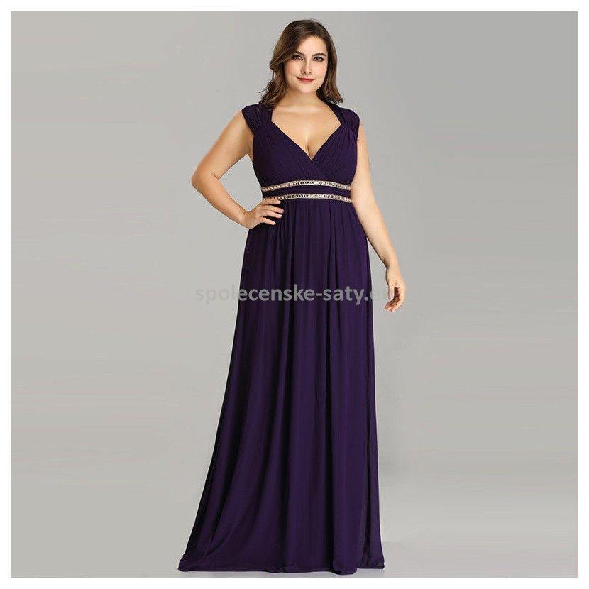 ... Fialové dlouhé společenské šaty řecké bohyně 50. fialove-dlouhe-saty -vecerni-na-ples-bohyne-plnostihle1. 58aaedf834