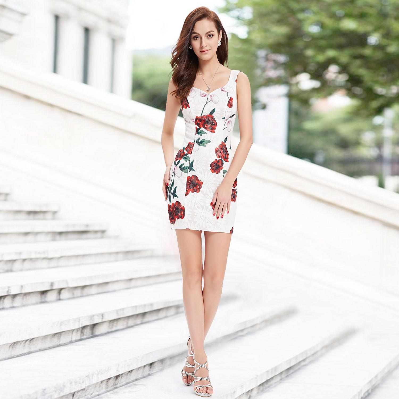 92aa44771ec Bílé krátké společenské šaty pouzdrové s růžema 36 S