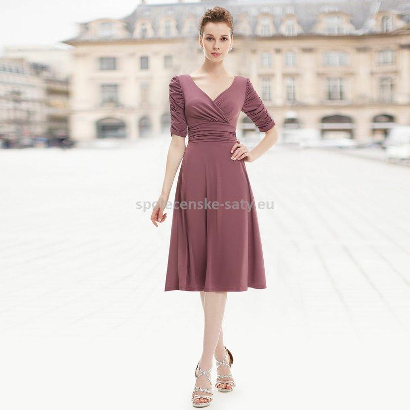 ... společenské šaty s rukávem 36. hnede-kratke-saty-s -rukavem-nadmerna-velikost1.jpg 9f8b58939a