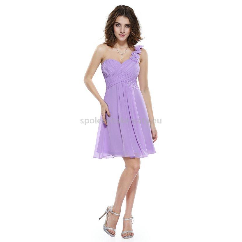 Lila krátké společenské šaty koktejlky na jedno rameno 40 L ... 4efa7d6ba7
