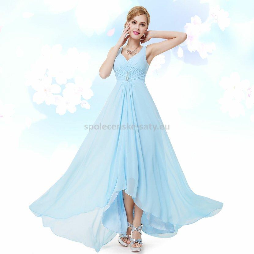 b4112fcb6d3 Bledě modré plesové šaty vzadu delší na svatbu do tanečních 42 ...