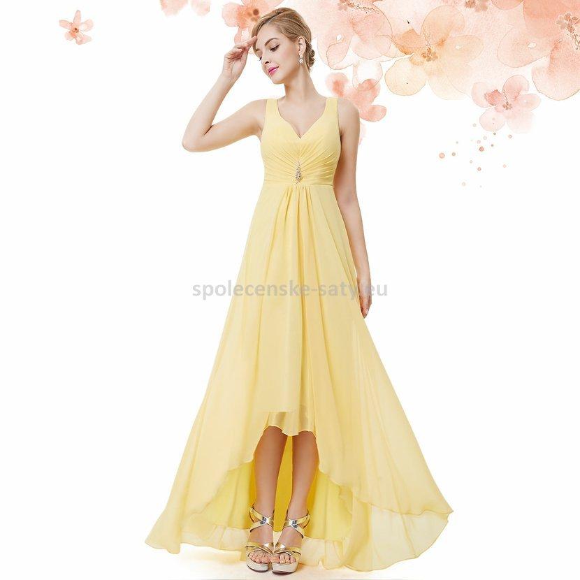6934aeac91a Žluté dlouhé společenské šaty na hrubší ramínka vpředu kratší 34 ...