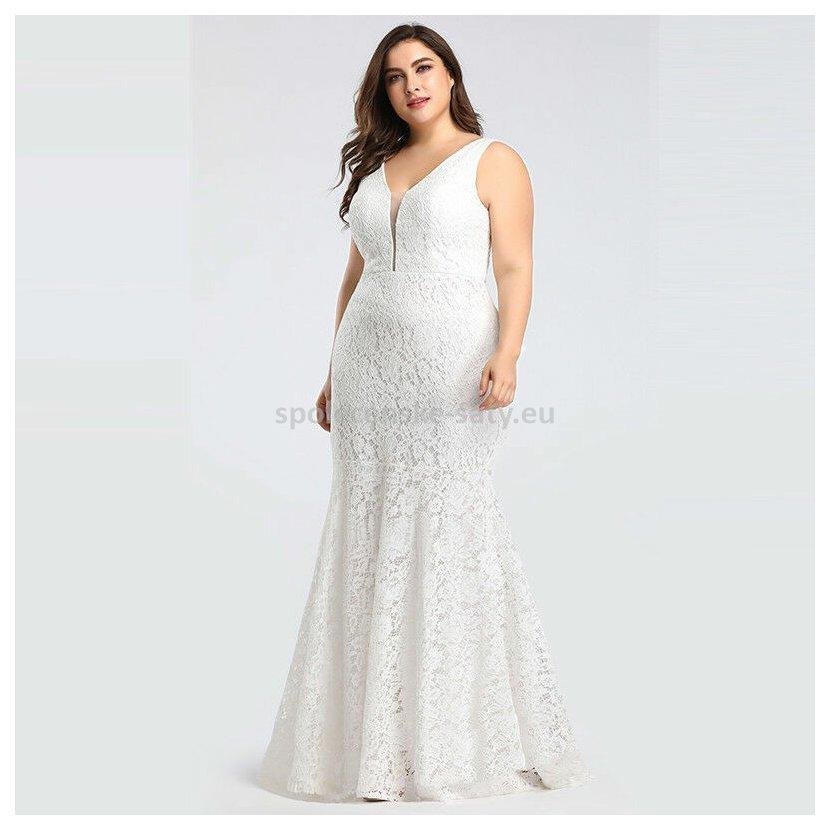 08c620791c6d Bílé ivory dlouhé svatební šaty krajkové pouzdrové pro plnoštíhlé 50 ...