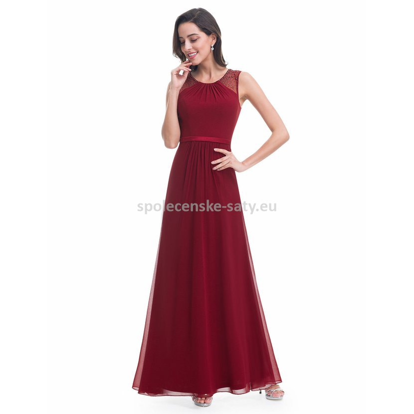Vínové dlouhé společenské svatební šaty na hrubší ramínka 38 M ... 9f3070166b